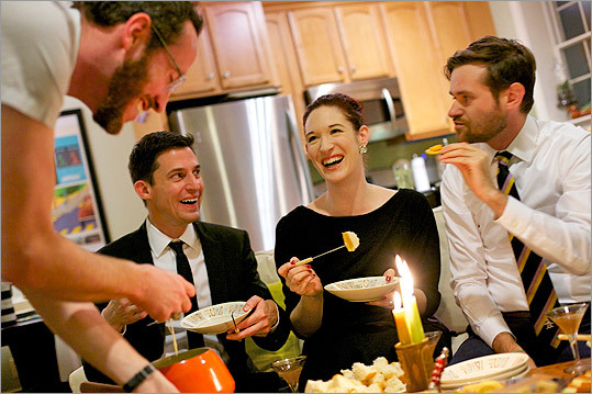 dinnerparty-539__1323265725_0568