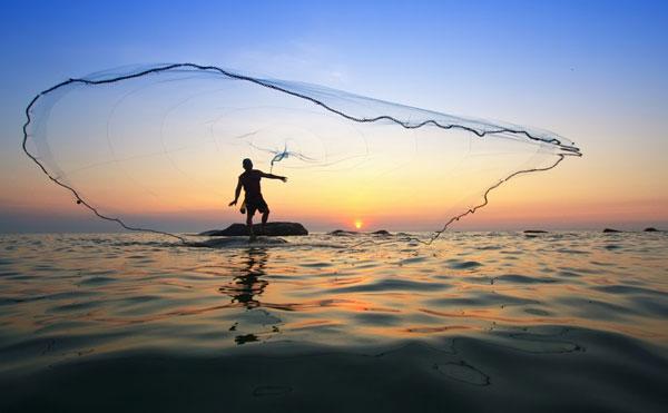 maui-net-throwing